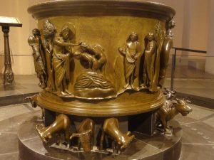 Liège fonts baptismaux